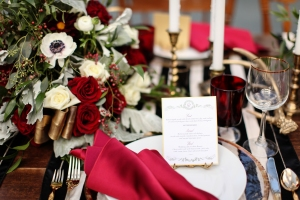 burgundy and gold tablescapes
