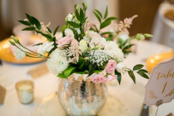 textured rustic romantic blush and gold flower centerpieces for reception wedding, spray roses lisianthus, ranuculous